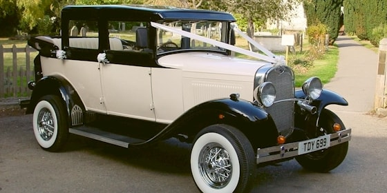1930's style Badsworth with rear drop down hood