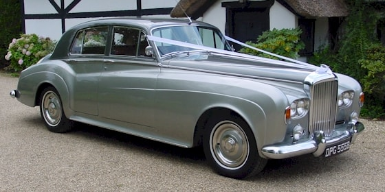 Bentley S3 in Tudor Grey over Shell Silver