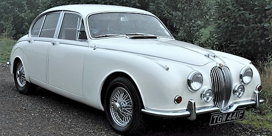 Jaguar Mk2 in Old English White