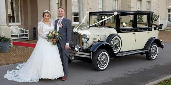 Viscount 7 seat wedding limousine